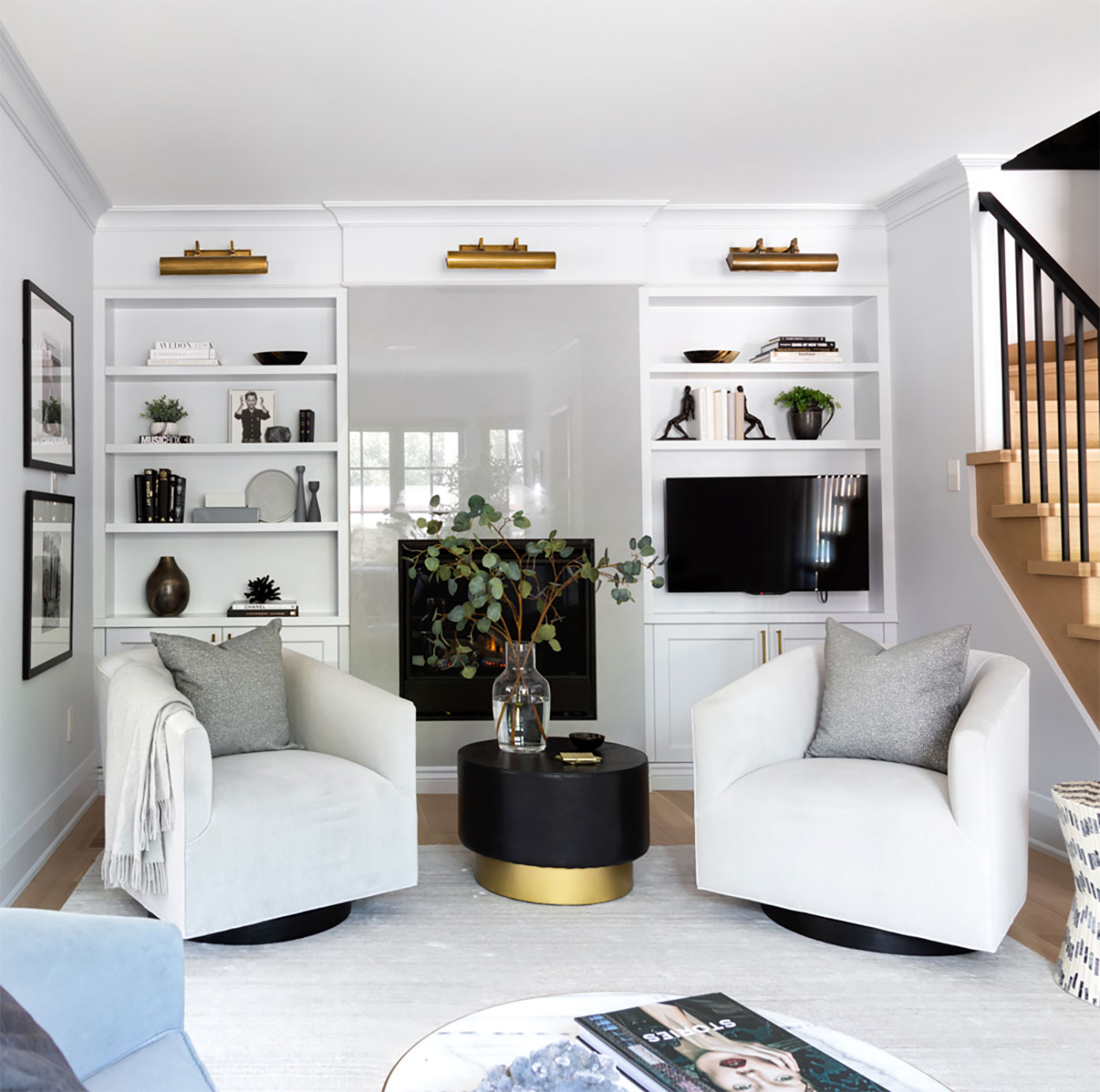Baby-Point-Living-Room-design-2